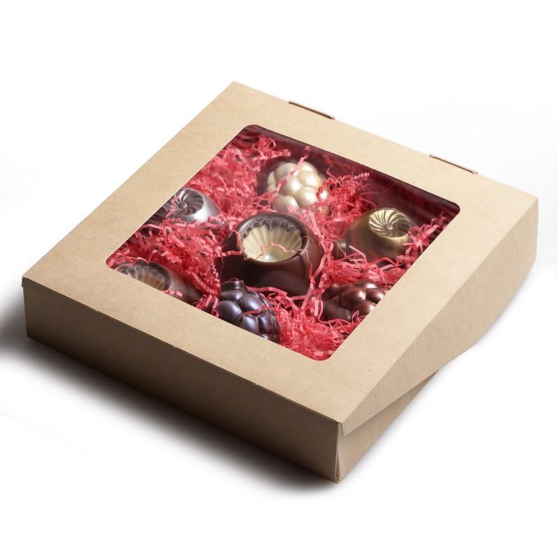 Коробка шоколадных новогодних игрушек 7