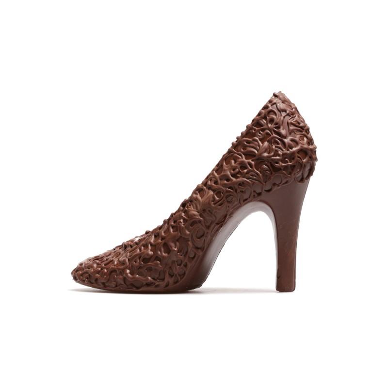 Шоколадная туфля с узором