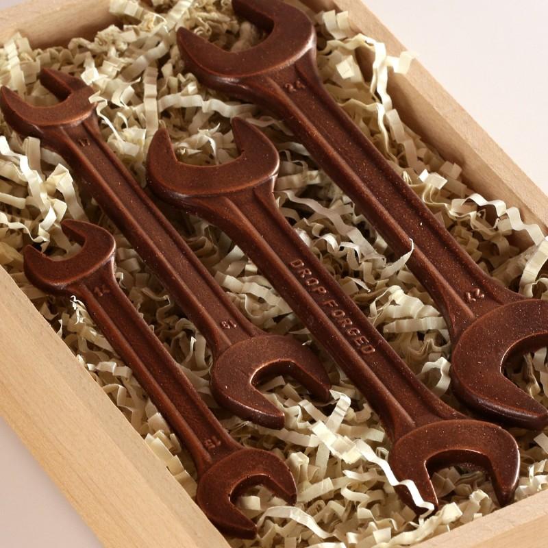Шоколадные инструменты своими руками 13