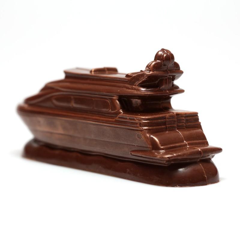 Шоколадная яхта