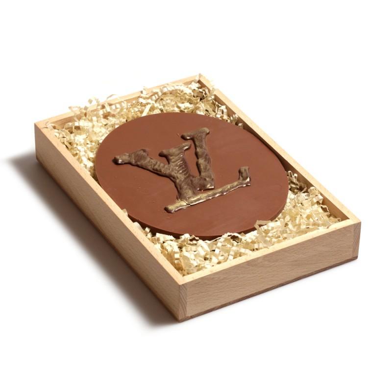 Шоколадный логотип LOUIS VUITTON